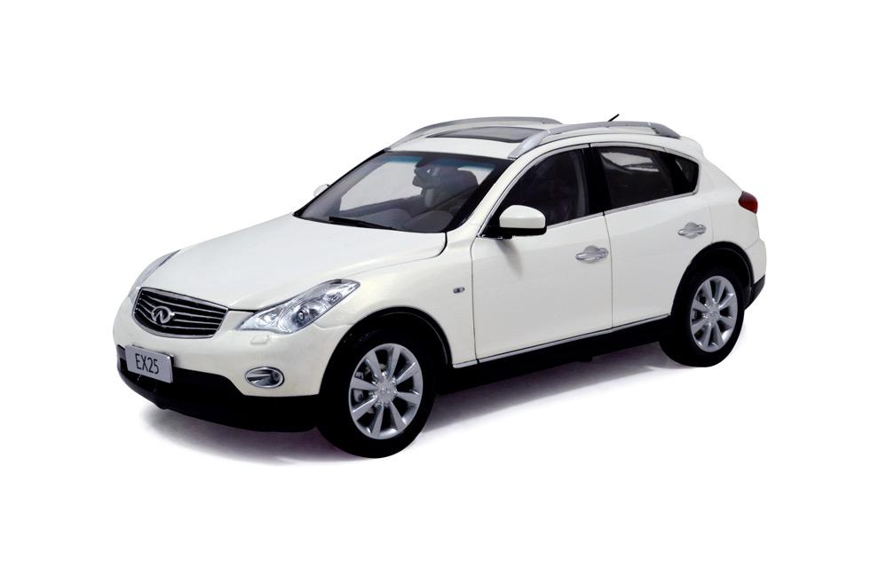 Infiniti EX25 2013 1:18 Scale Diecast Model Car 4