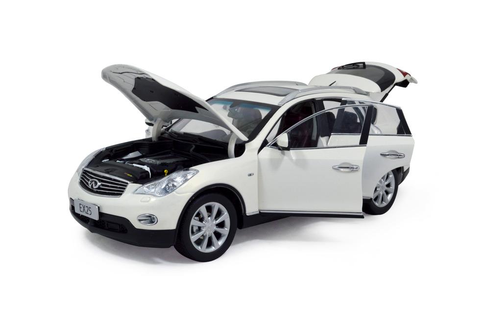 Infiniti EX25 2013 1:18 Scale Diecast Model Car 7