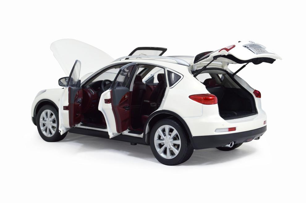 Infiniti EX25 2013 1:18 Scale Diecast Model Car 9