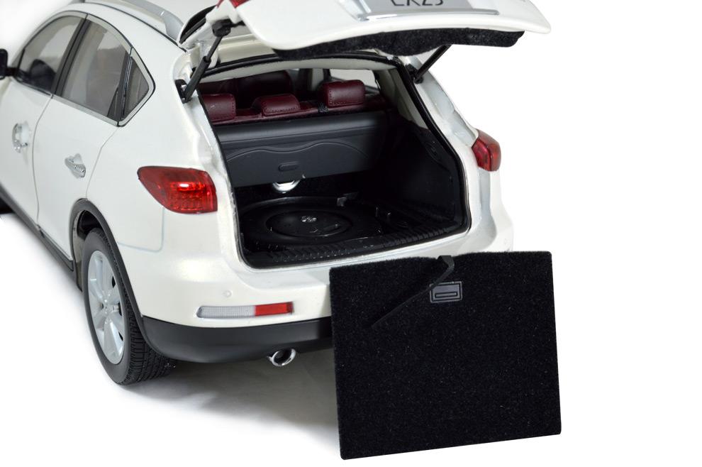 Infiniti EX25 2013 1:18 Scale Diecast Model Car 13