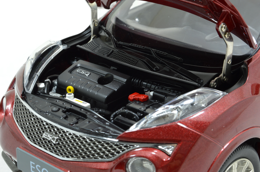 Infiniti ESQ 2014 1/18 Scale Diecast Model Car 5