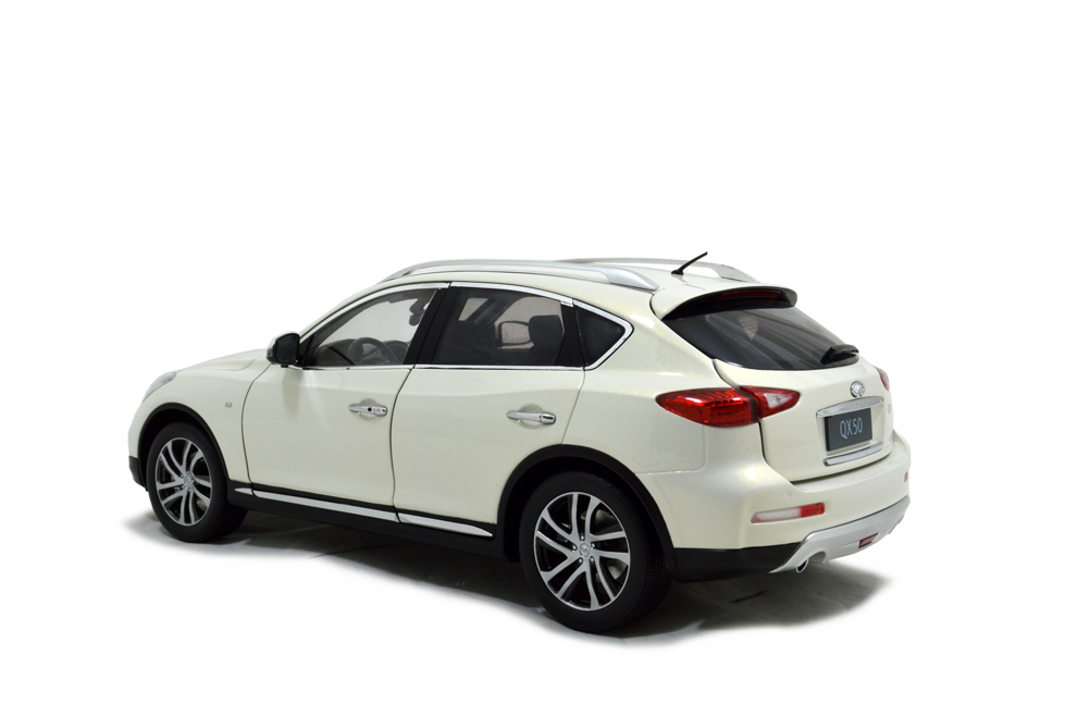 Clear Choice Reviews >> Infiniti QX50 2016 1/18 Scale Diecast Model Car - Paudi Model