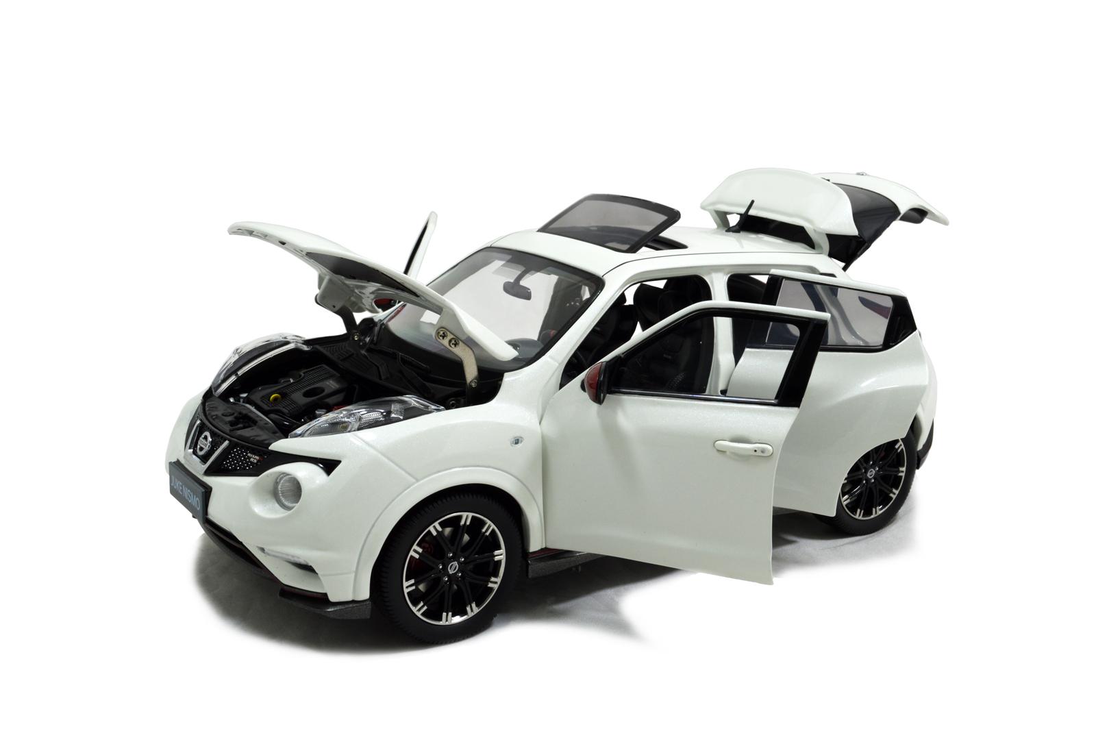 Nissan Juke Nismo Rs 2014 1 18 Scale Diecast Model Car