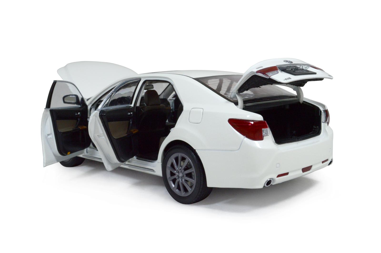 Toyota Reiz 2014 1 18 Scale Diecast Model Car Wholesale