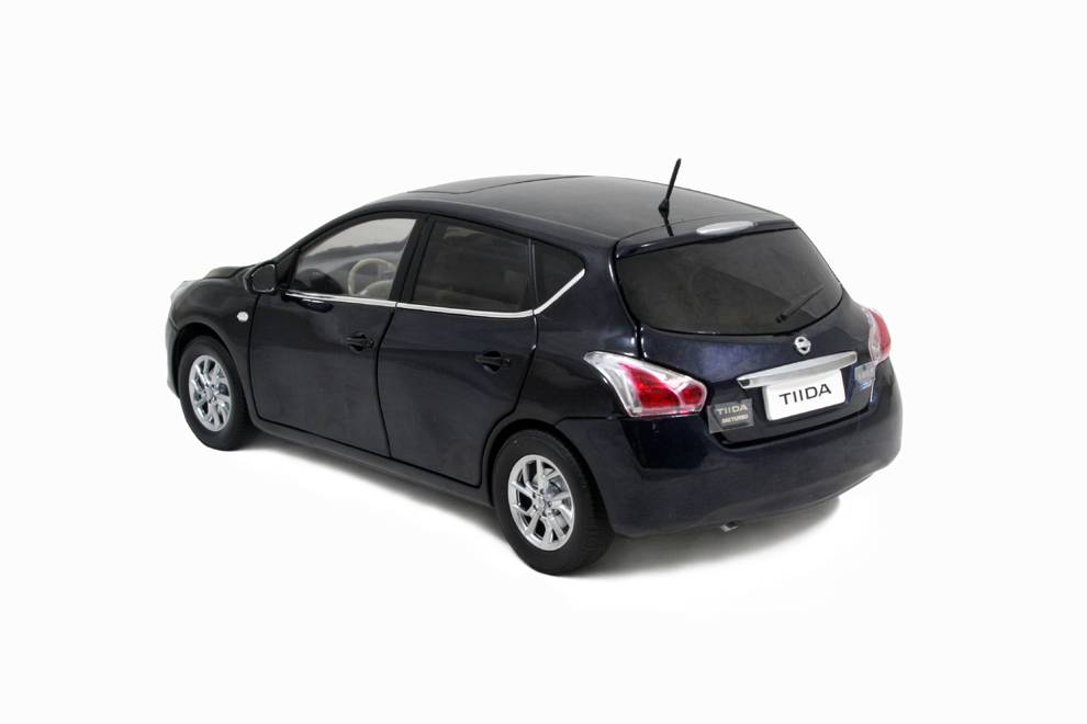 Nissan Tiida 2011 1/18 Scale Diecast Model Car Wholesale 6