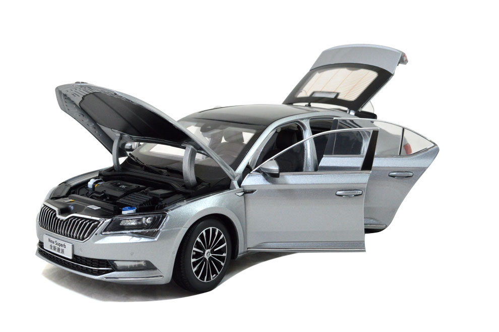 SVW Skoda SuperB 2015 1/18 Scale Diecast Model Car Wholesale 8