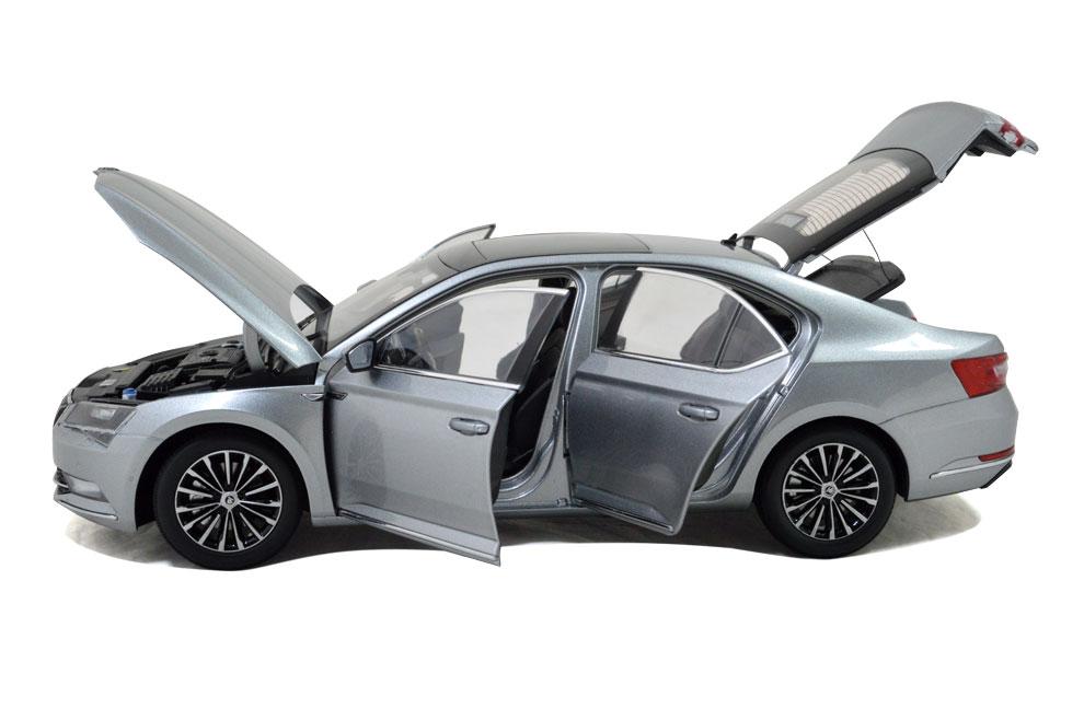 SVW Skoda SuperB 2015 1/18 Scale Diecast Model Car Wholesale 9