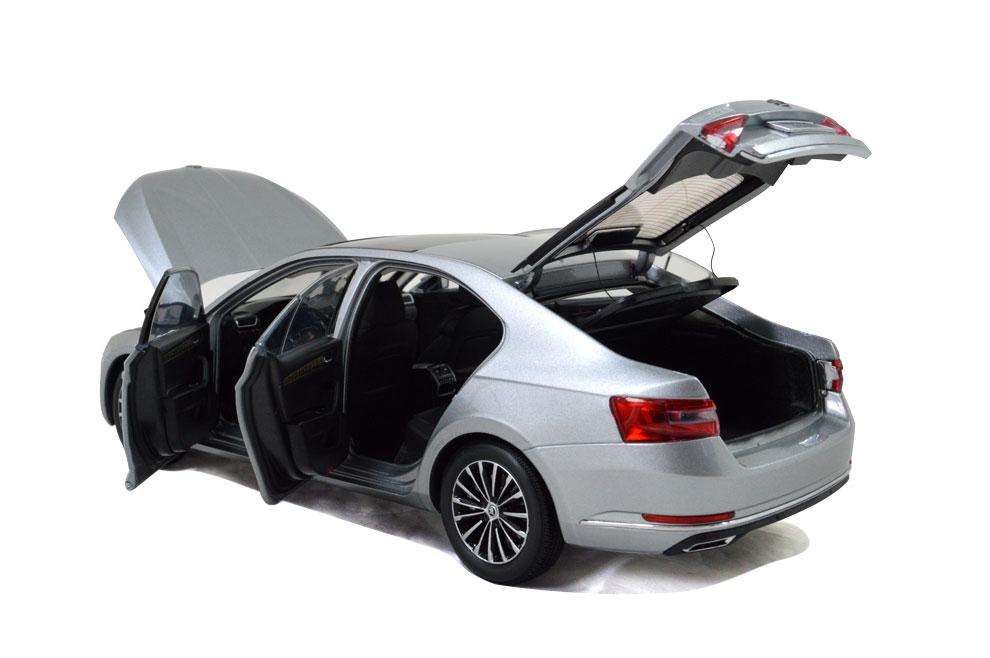SVW Skoda SuperB 2015 1/18 Scale Diecast Model Car Wholesale 10