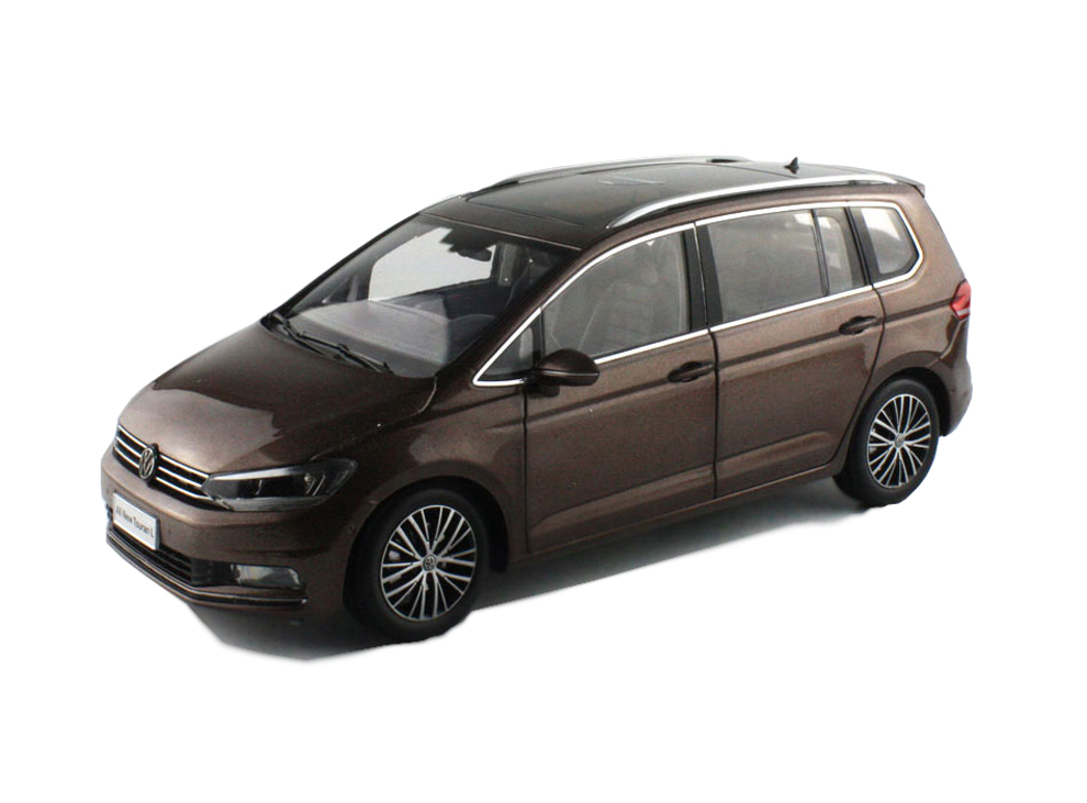 volkswagen touran touran l 2016 1 18 scale diecast model car wholesale paudi model diecast. Black Bedroom Furniture Sets. Home Design Ideas