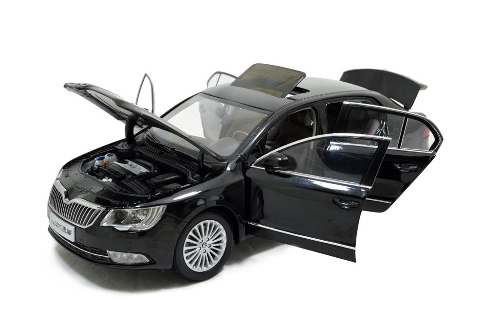 Skoda SuperB 2013 1/18 Scale Diecast Model Car Wholesale 14