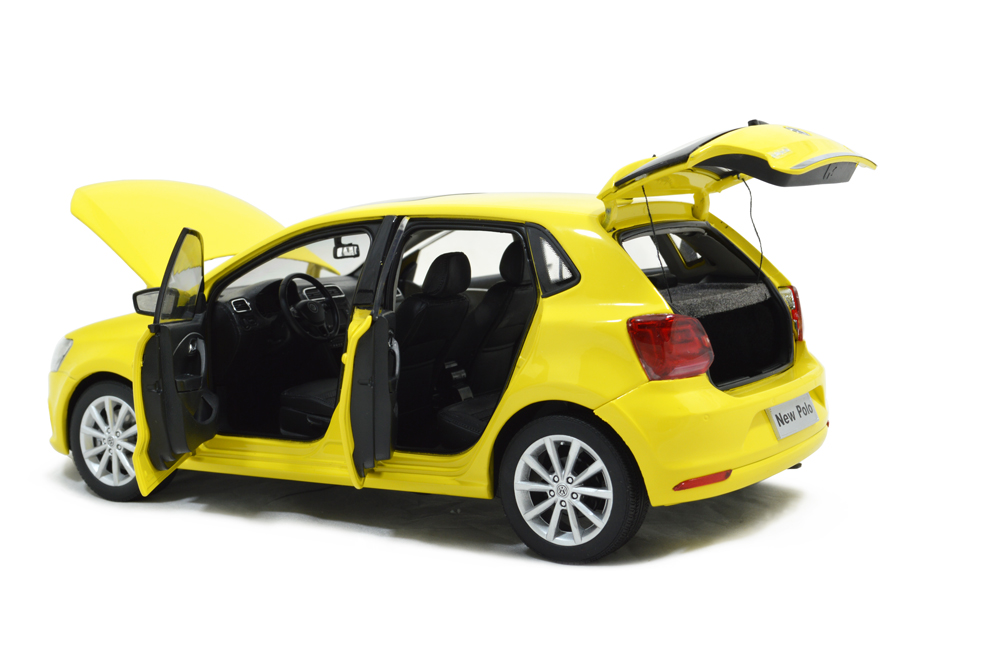 vw volkswagen  polo   scale diecast model car paudi model
