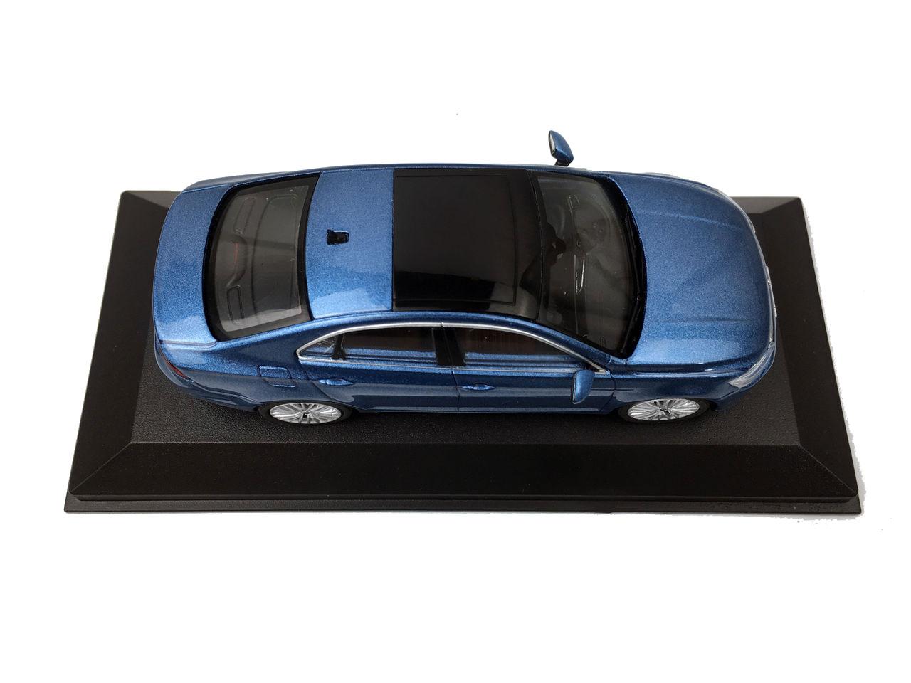 volkswagen lamandojetta cc  scale diecast model car wholesale paudi model