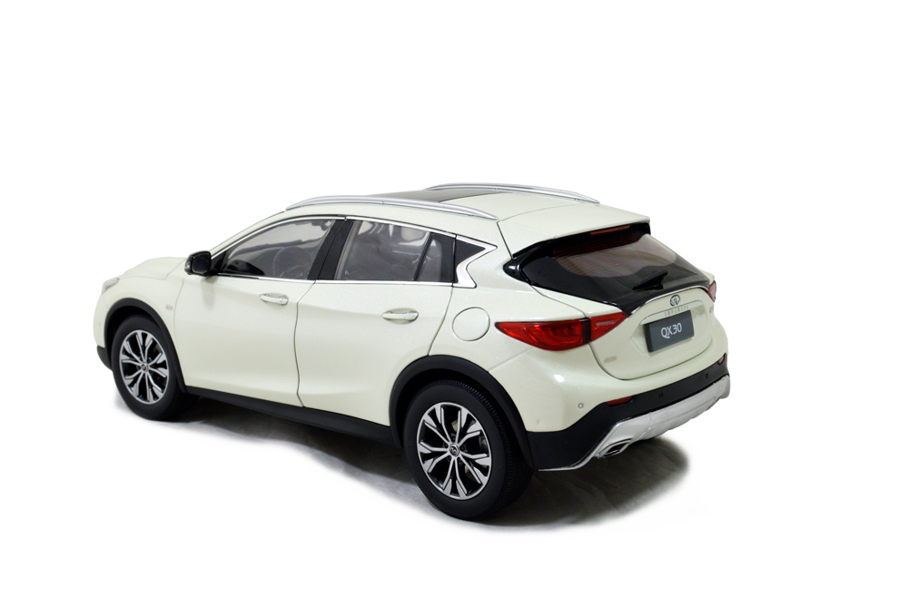 Infiniti QX30 2016 1/18 Scale Diecast Model Car Wholesale 7