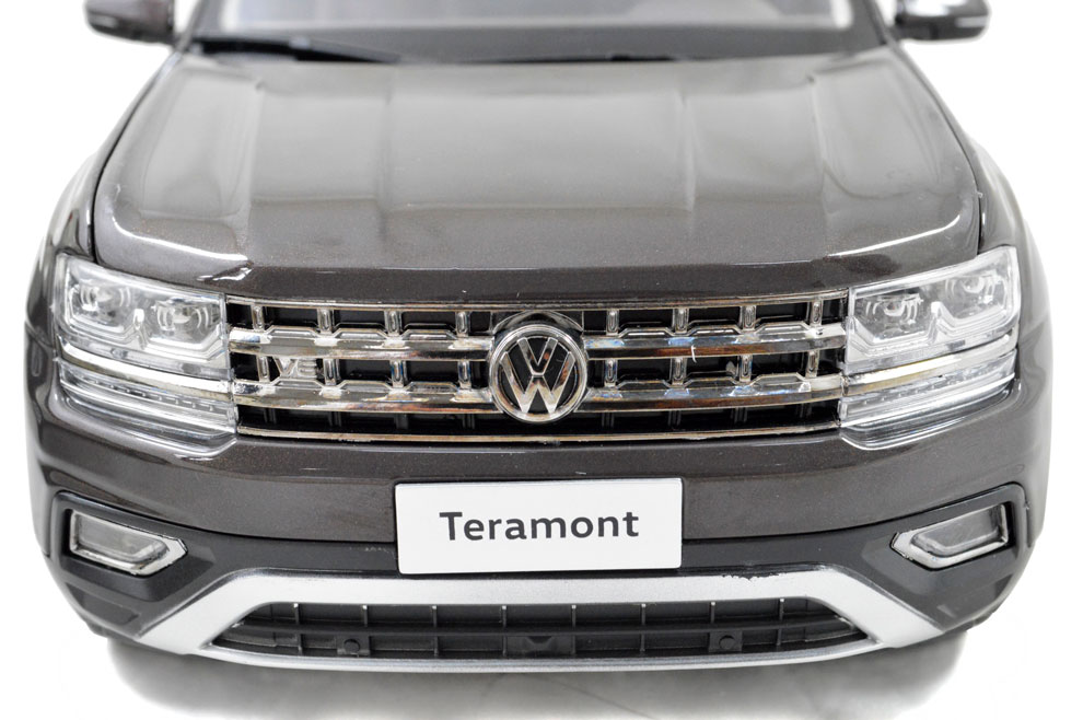 Volkswagen/VW Teramont 2017 1/18 Scale Diecast Model Car 14
