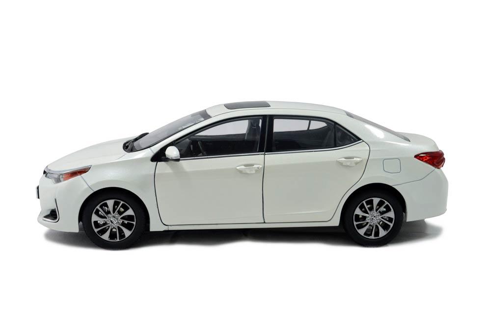 Toyota Levin 2017 1/18 Scale Diecast Model Car - Paudi Model