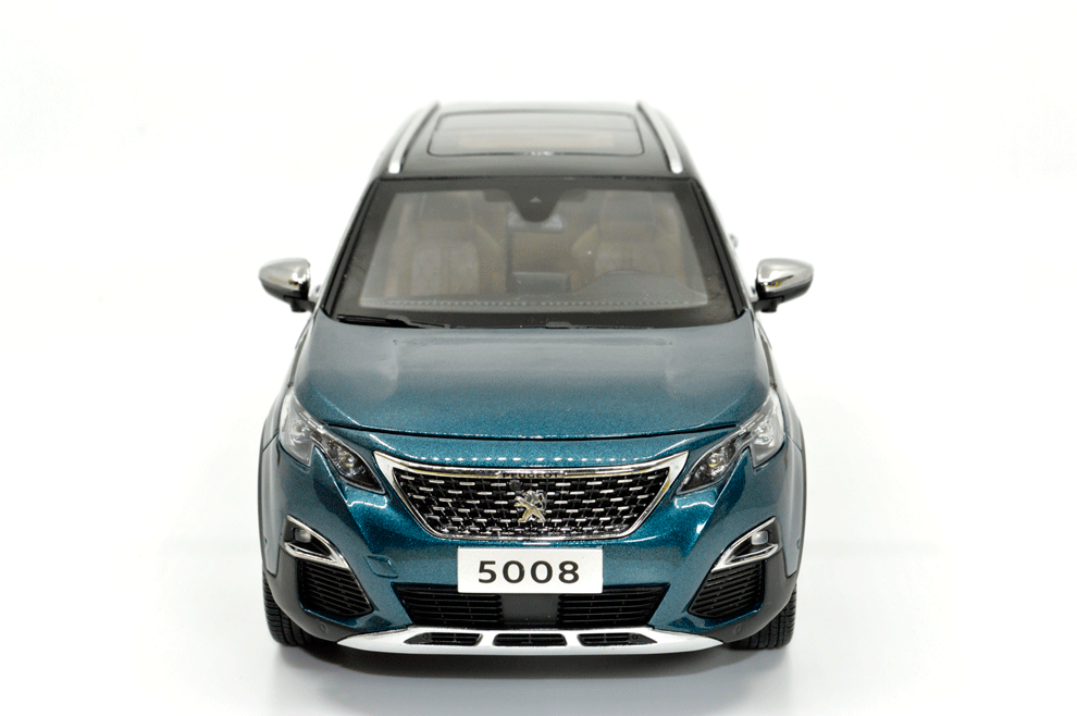 1:18 Scale Peugeot 5008 2018 Diecast Model Car - Paudi Model