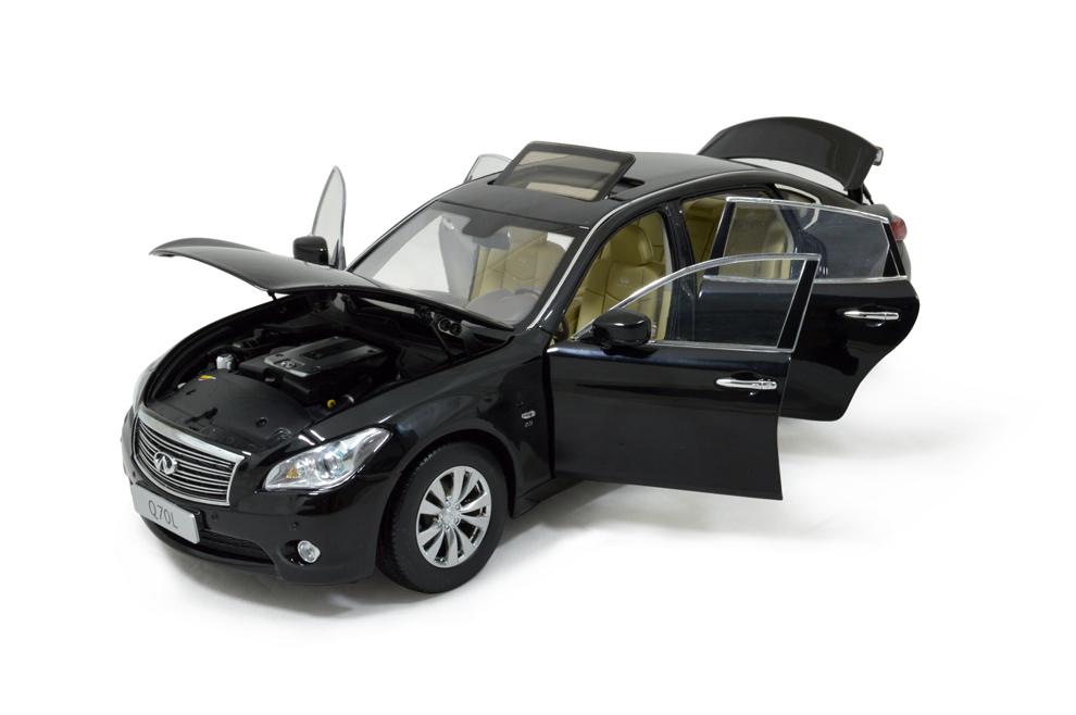 Infiniti Q70L 2014 1/18 Scale Diecast Model Car 7