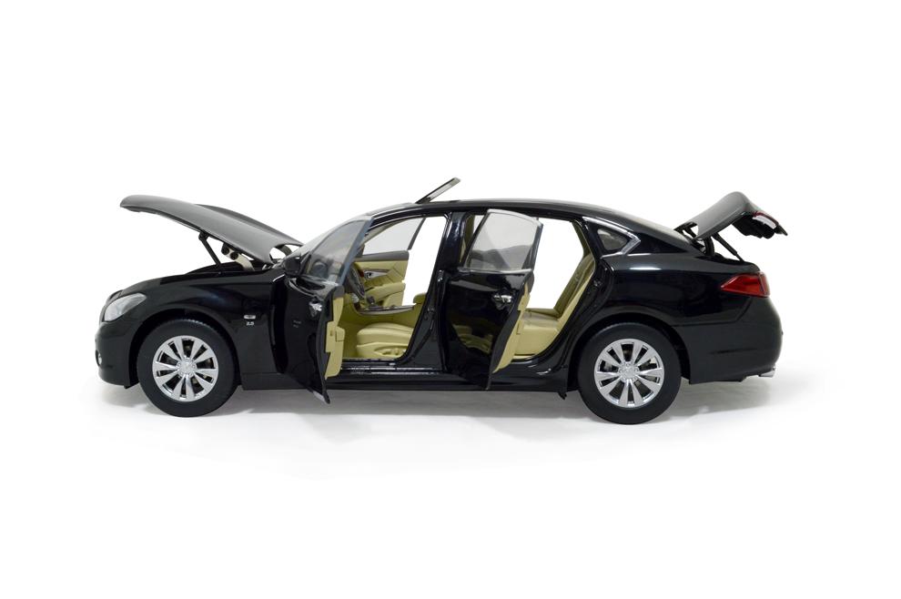 Infiniti Q70L 2014 1/18 Scale Diecast Model Car 8