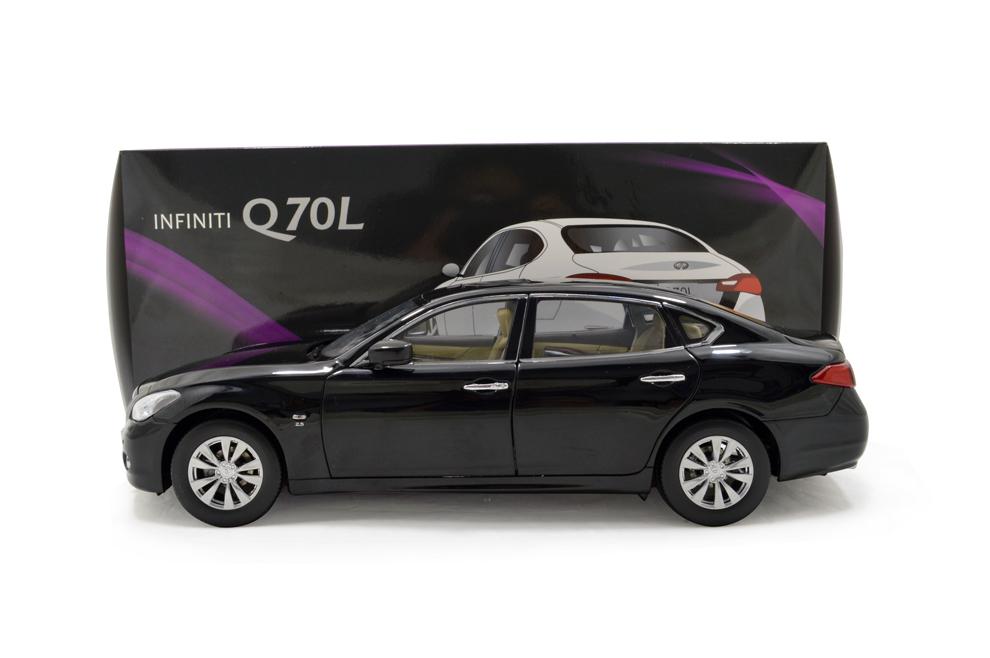 Infiniti Q70L 2014 1/18 Scale Diecast Model Car 17