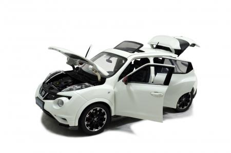 Nissan Juke Nismo RS 2014 1/18 Scale Diecast Model Car Wholesale 3