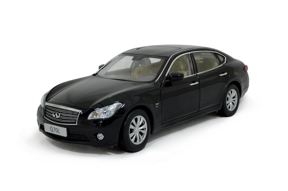 Infiniti Q70L 2014 1/18 Scale Diecast Model Car 1