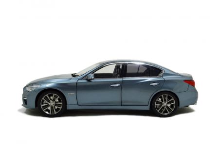 1/18 Scale Skyline 350 GT Hybrid 2015 Diecast Model Car 2