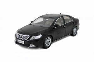 Toyota Camry 2011 1/18 Scale Diecast Model Car Wholesale 12