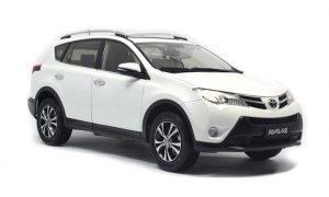 Toyota RAV4 2014 1/18 Scale Diecast Model Car Wholesale 4