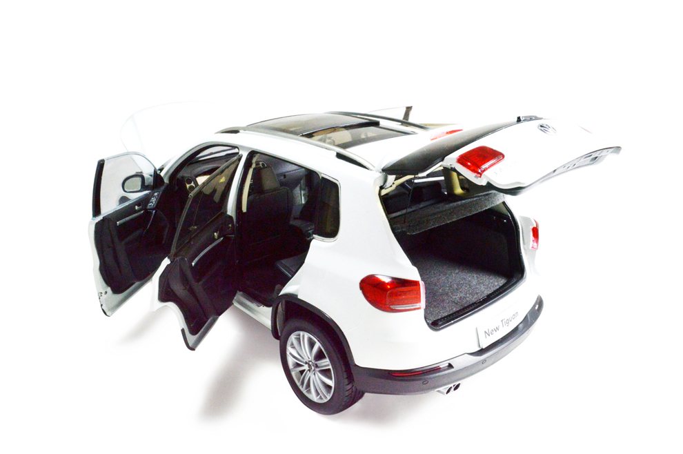 Wholesale Car Parts >> Volkswagen Tiguan 2013 1/18 Scale Diecast Model Car Wholesale - Paudi Model