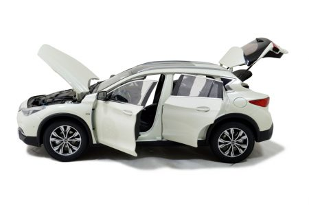 Infiniti QX30 2016 1/18 Scale Diecast Model Car Wholesale 3