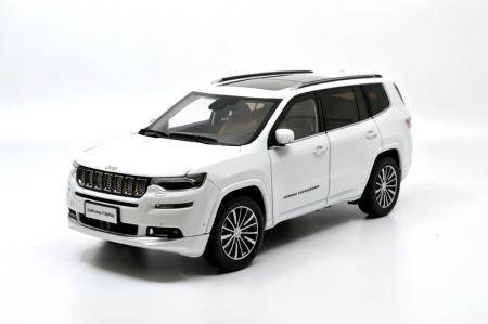 1:18 Jeep Grand Commander 2018 Die-cast Model Car 1