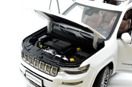 1:18 Jeep Grand Commander 2018 Die-cast Model Car 5