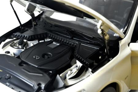 1/18 Scale Infiniti Q50L 2015 Diecast Model Car 5