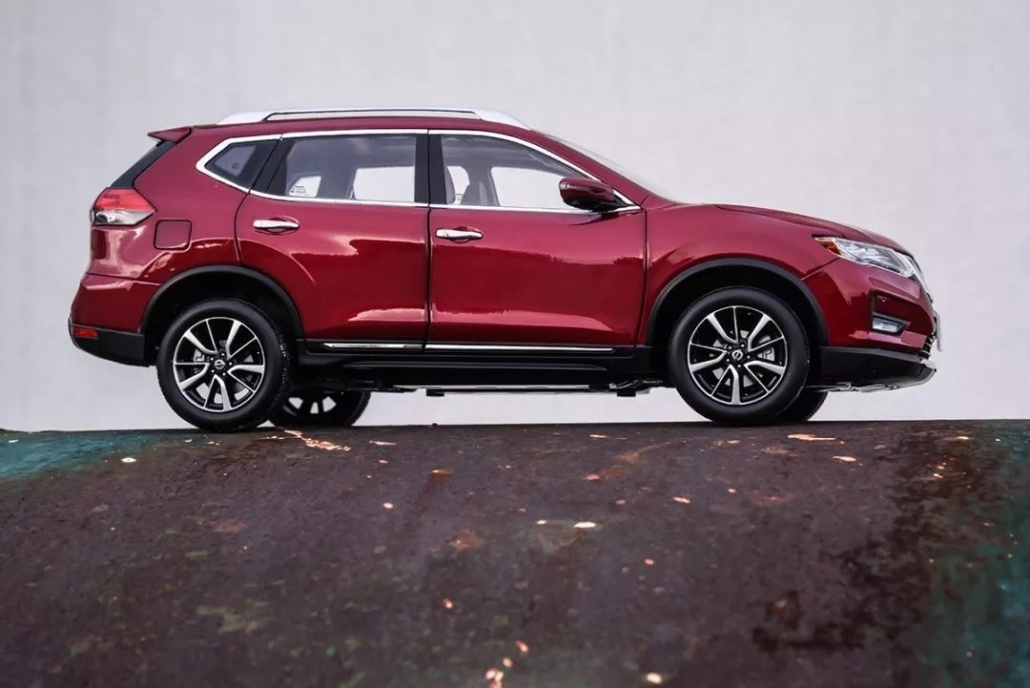 1:18 Scale Nissan X-Trail/ Rogue evaluation 32