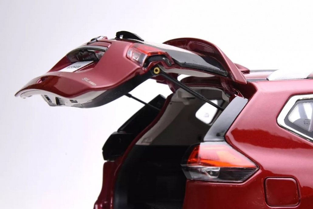 1:18 Scale Nissan X-Trail/ Rogue evaluation 20