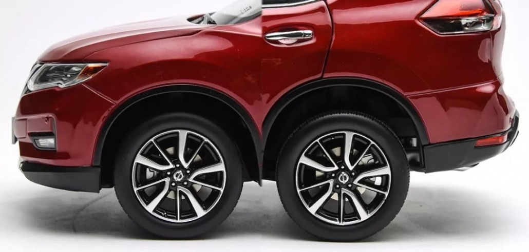 1:18 Scale Nissan X-Trail/ Rogue evaluation 13