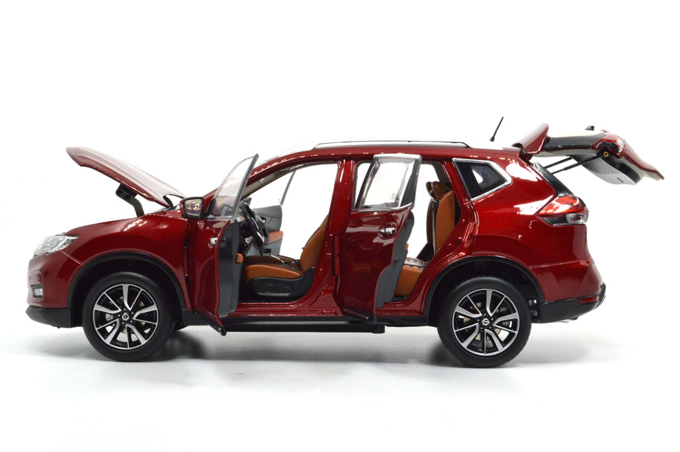 1:18 SCALE NISSAN X-TRAIL 2018 Chinese Version 6