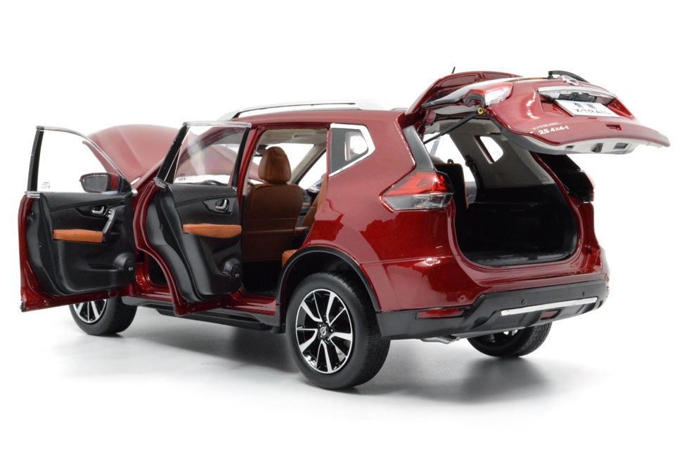 1:18 SCALE NISSAN X-TRAIL 2018 Chinese Version 7