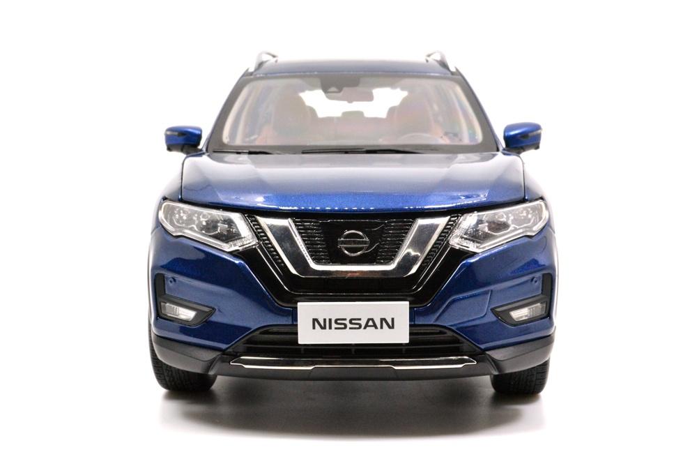 1/18 nissan rogue blue 2018 diecast car