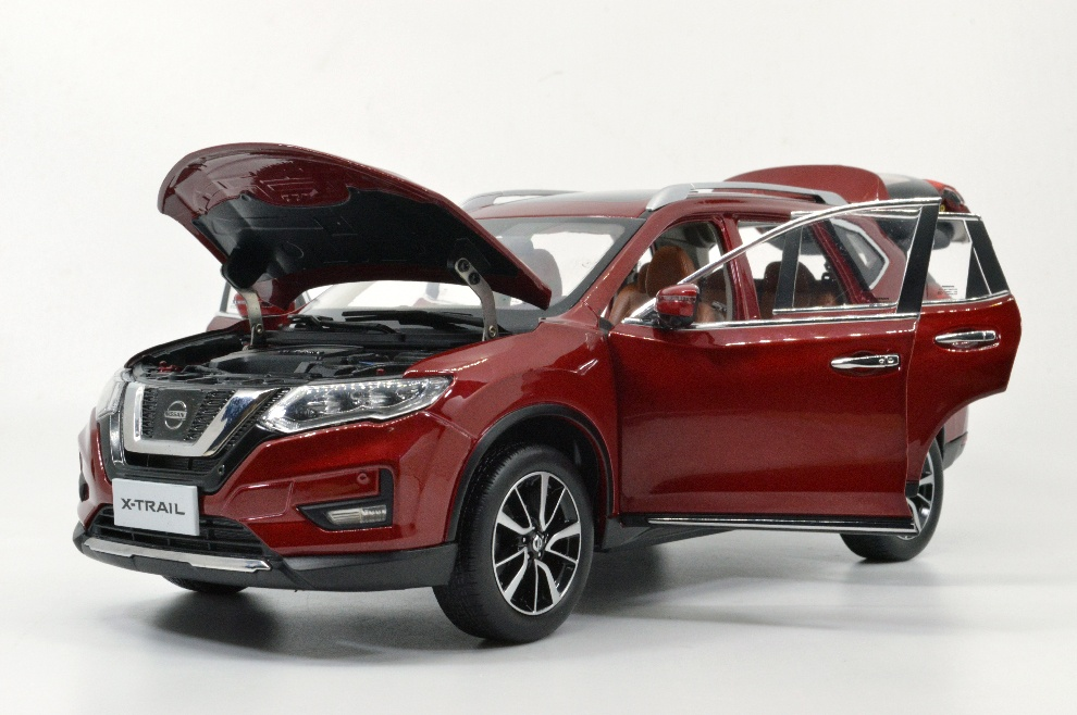 1:18 SCALE NISSAN X-TRAIL 12