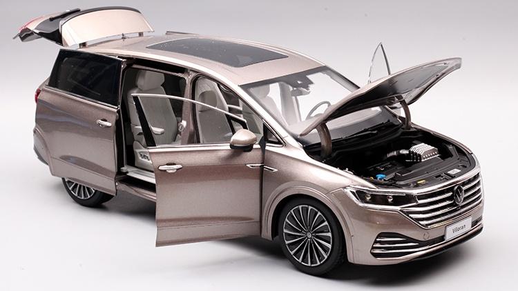 1/18 VW Viloran MPV Diecast Model Car 20