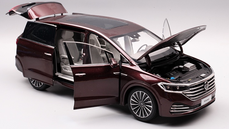 1/18 VW Viloran MPV Diecast Model Car 8