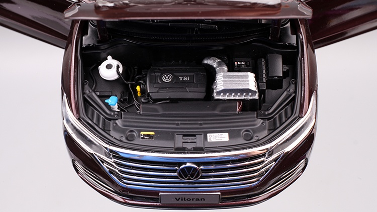 1/18 VW Viloran MPV Diecast Model Car 10