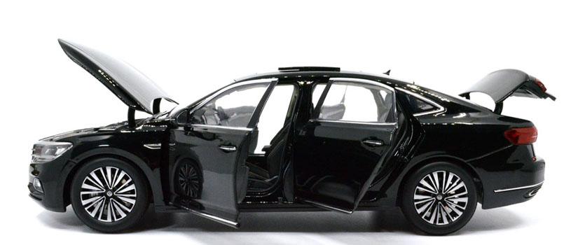1/18 car model